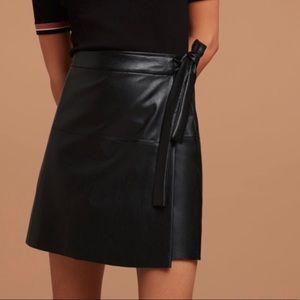 ARITZIA Faux Leather Mini Skirt Tie Waist Black